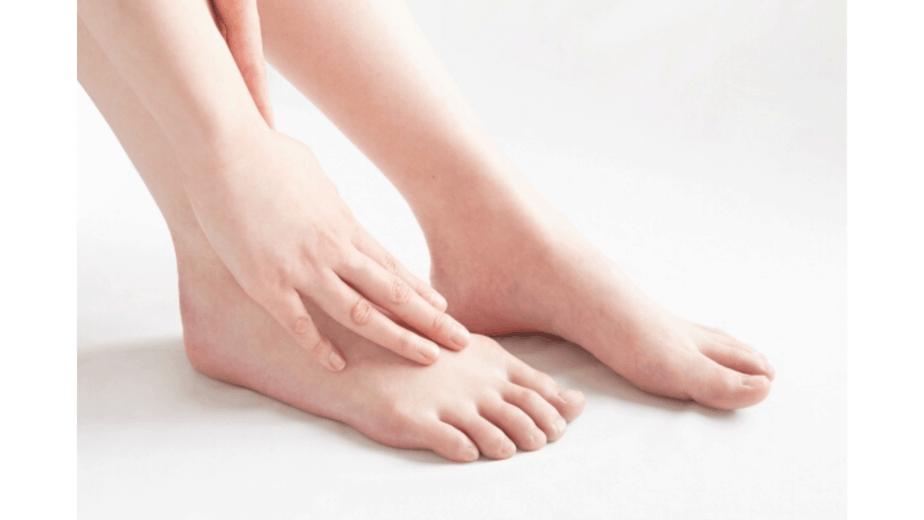 足のカサカサ画像