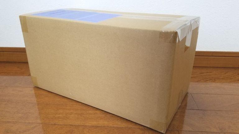 サブスクB届いた箱
